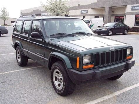 2000 jeep classic find used 2000 jeep cherokee classic sport utility 4 door