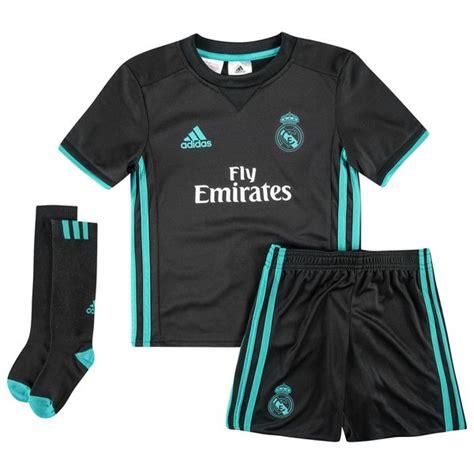 Miniatur Real Madrid Bis real madrid bortedrakt 2017 18 mini kit barn www unisportstore no