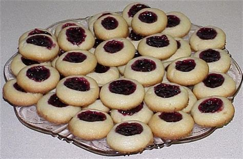Jam Senter shortbread cookies with jam or jelly centers recipe food