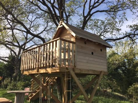 Cabane Arbre Enfant by Artisan Constructeur De Cabane Sur Mesure Dans Les Arbres