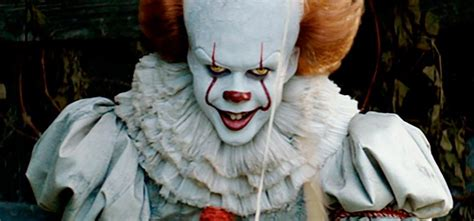 the clown the it sneak preview with annabelle creation is