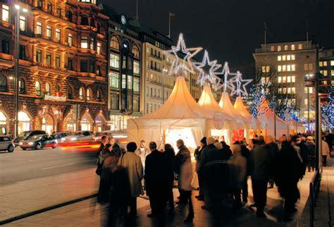 weihnachtsmarkt beleuchtung 2390 4926 weihnachtsmarkt am jungfernstieg