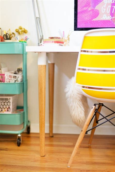 Easy And Cool Diy Ikea Desk Hack Shelterness Cool Diy Desk