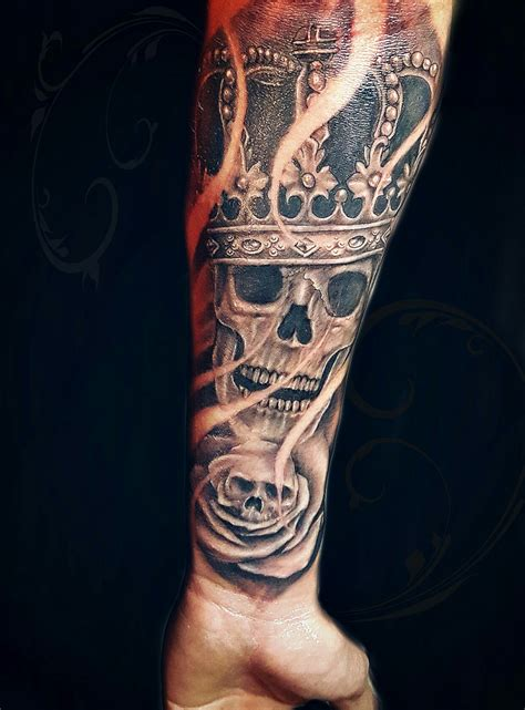 skull crown done by billy porter skull