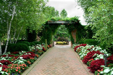 Images Flower Gardens Beautiful Flower Garden Path Cliserpudo Images Enabling Garden Trends