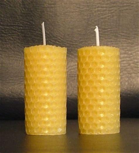 candele con cera d api candele fatte con i fogli di cera d api arrotolati