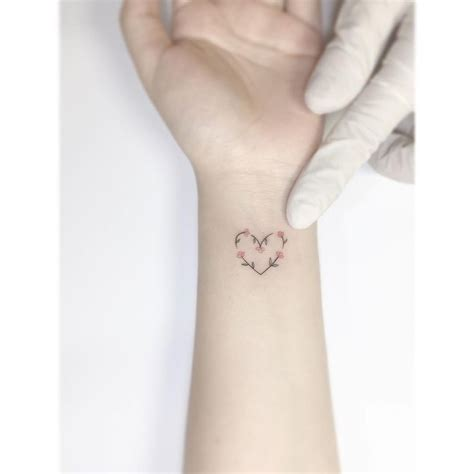 tattooed heart instagram 15 4 mil me gusta 59 comentarios playground tattoo
