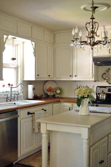 linen white kitchen cabinets the cabinets are benjamin linen white which is a