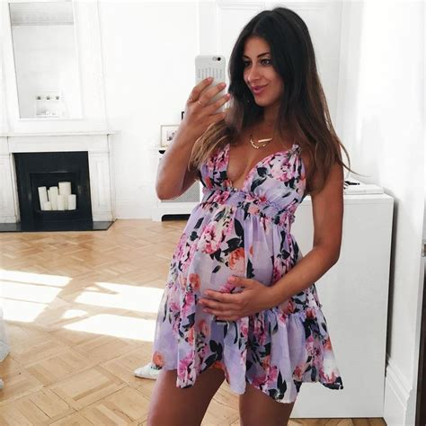 pregnancy styles for young moms best 25 summer pregnancy fashion ideas on pinterest