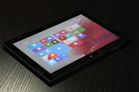 Tablet Lenovo Di Erafone Lenovo Thinkpad 10 Con Windows 10 E Cortana Potenziato Tom S Hardware