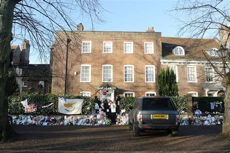 george michael mansion inside george michael s london home where he was found