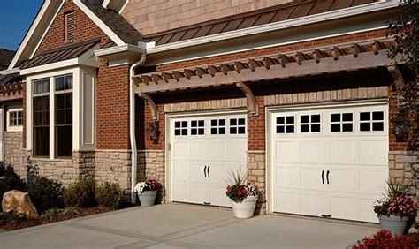 Clopaydoor Residential Garage Doors Exles Residential Modern Style South Dakota Overhead 17 Best Images About Steel Carriage House Garage Doors On Pinterest Residential Garage Doors