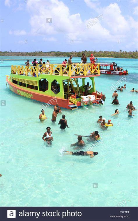 glass bottom boat tours tobago nylon pool tobago glass bottom boat tours the nylon pool