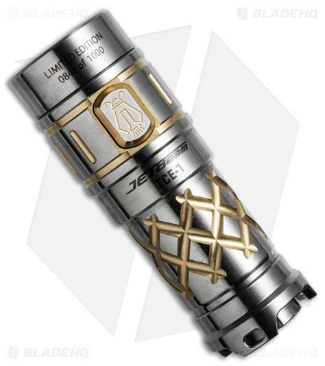 Jetbeam Tcr21 Titanium Limited Edition Senter Led Cree Xp L 500 Lumens jetbeam tce 1 limited edition titanium flashlight cree xp l 600 lumens blade hq