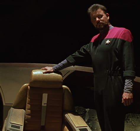 Riker Chair by Image Riker And Wrecked Command Chair Jpg Memory Alpha