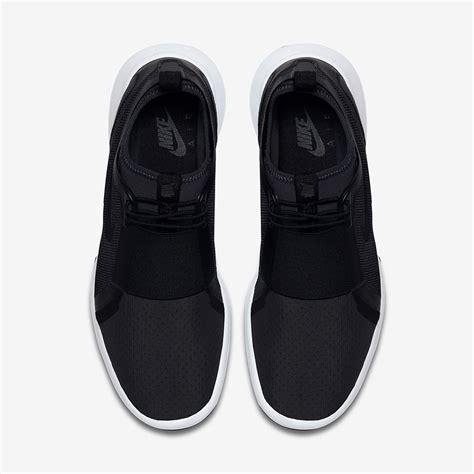 Nike Slip On Black nike current slip on black white 874160 002 sneaker bar