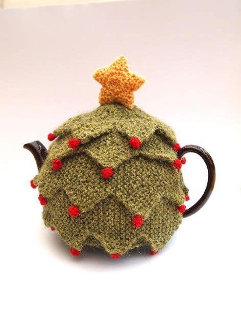 christmas knitted cozy tree tea cosy knitting pattern by sue stratford knitting patterns loveknitting
