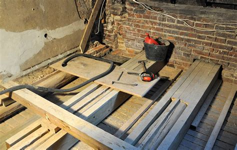 decke renovieren altbau holzbalkendecke sanieren altbau sanierung holzbalkendecken