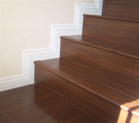 treppe mit laminat superb laminate stairs 10 laminate flooring on stairs