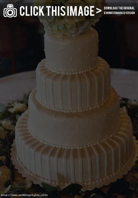 Wedding Cake Icing Styles by Wedding Cake Icing Buttercream Diy Wedding Cake Icing On