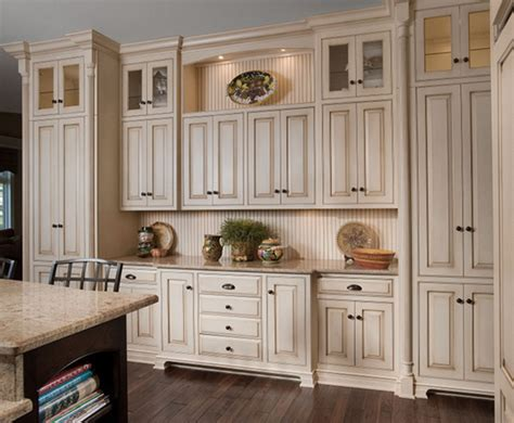 images of kitchen cabinets with knobs and pulls 20 amazing antique kitchen cabinets home design lover