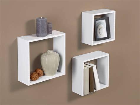 mensole per quadri mensole co per quadri e oggetti un must che fa