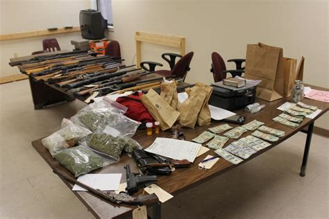 Newton County Warrant Search Search Warrant Leads To Arrests Press Releases Newton