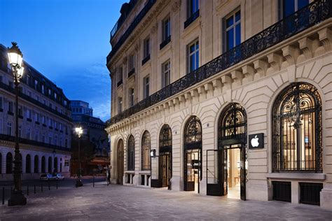 apple store paris apple stores in france banned from forcing employees to work late the verge
