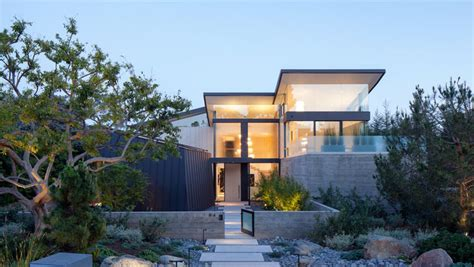 devall design home los angeles large windows let plenty of light inside this new house in