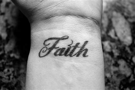 faith tattoo gallery reviews faith tattoo free tattoo pictures