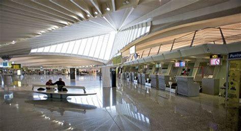Auto Mieten Barcelona Airport by Mietwagen Bilbao Flughafen G 252 Nstig Sixt Autovermietung