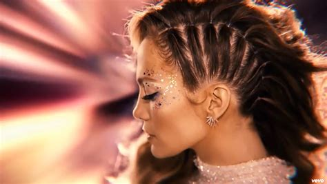 download mp3 feel the light jennifer jennifer lopez is a space goddess in feel the light