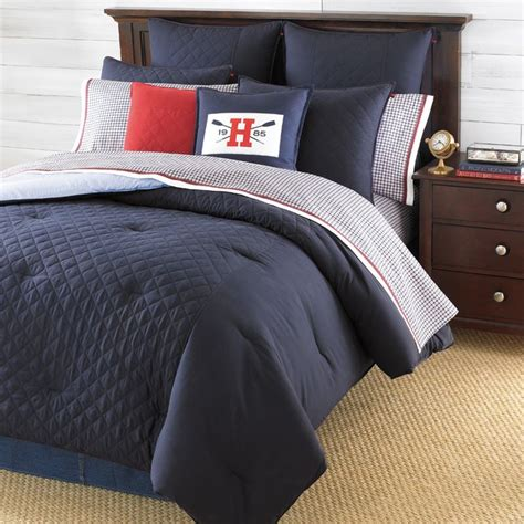 navy blue bed sheets 25 best ideas about navy blue comforter on pinterest