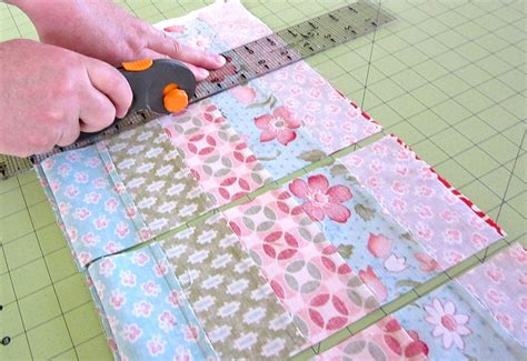 Patchwork Techniques - patchwork napkin set uses 14 different pretty prints