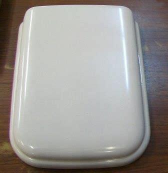 whisper apricot toilet seat ideal standard michael angelo whisper toilet seat
