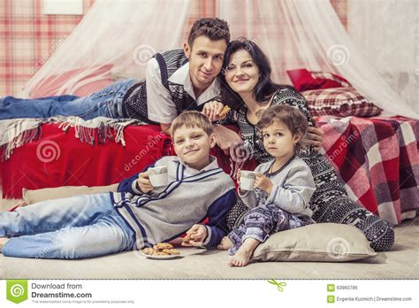 very young kids bedroom with dad video search young family in the bedroom father and daughter in the