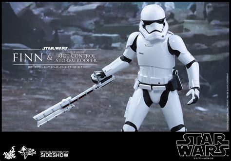 Toys 335 Wars Awakens Order Stormtrooper Offi toys quot wars the awakens quot finn and order riot stormtrooper
