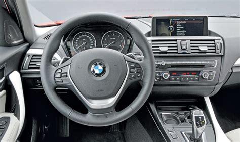 volante bmw serie 1 bmw serie 1 foto panoramauto