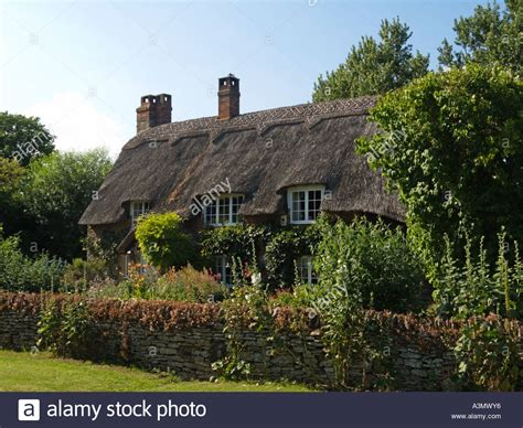 Cottage Oxfordshire by Traditional Thatched Cottage Haseley Oxfordshire