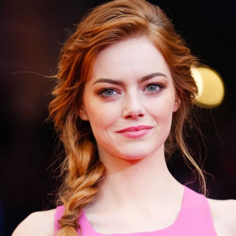 emma stone gallery emma stone to play michael keaton s lesbian daughter in