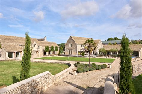 cottage cotswolds luxury cotswold cottages cottages in the cotswolds