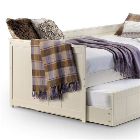 Bunk Beds With Pull Out Bed Underneath Uncategorized Bed With Pull Out Bed Underneath Christassam Home Design