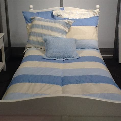bunk bed comforters quot hayden quot blues bunk bed hugger fitted comforter