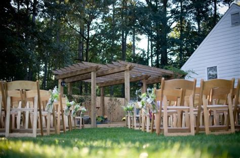 10 reasons to a backyard wedding rustic wedding chic