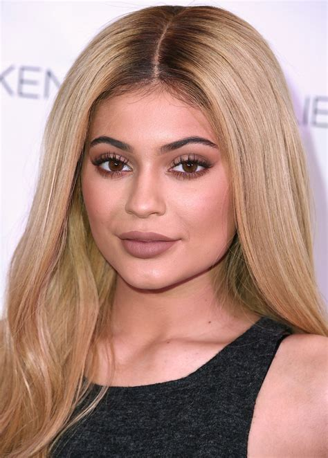 Wedding Makeup Sydney 3 Things I Learned From Kylie Jenner S App Instyle Com