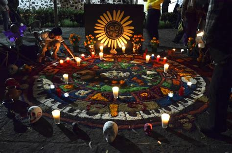 imagenes de ofrendas aztecas 191 sabes que lleva una ofrenda de muertos amigos la revista
