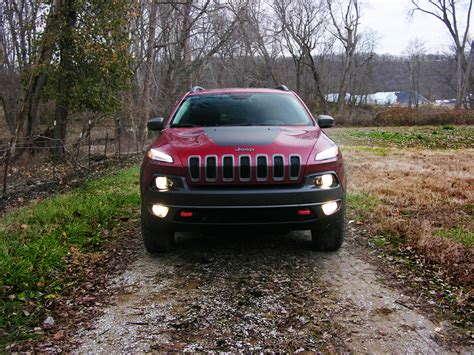 jeep trailhawk 2016 white 2016 jeep cherokee trailhawk review a wrangler for the