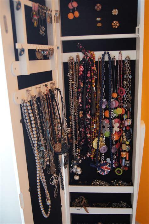 armoire à bijoux pas cher armoire bijoux pas cher rangement bijoux les meilleures miroir range bijoux with