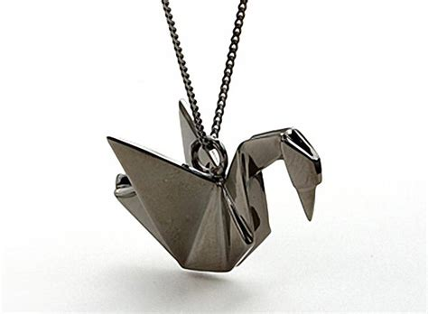Origami Pendant Necklace - not paper craft but origami necklace gadgetsin