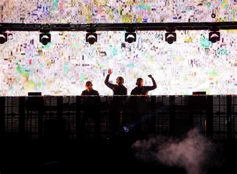 sweedish house mafia swedish house mafia concert marred by stabbings